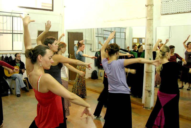 flamenco-studio-seville-trips-eva-class-3