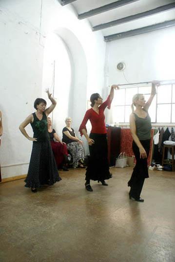 flamenco-studio-seville-trips-sarah-class-5